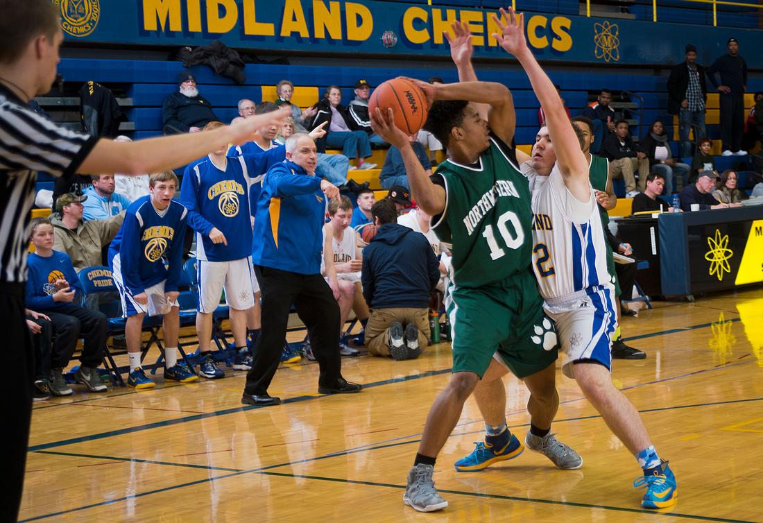 Midland High hosts Flint Northwestern